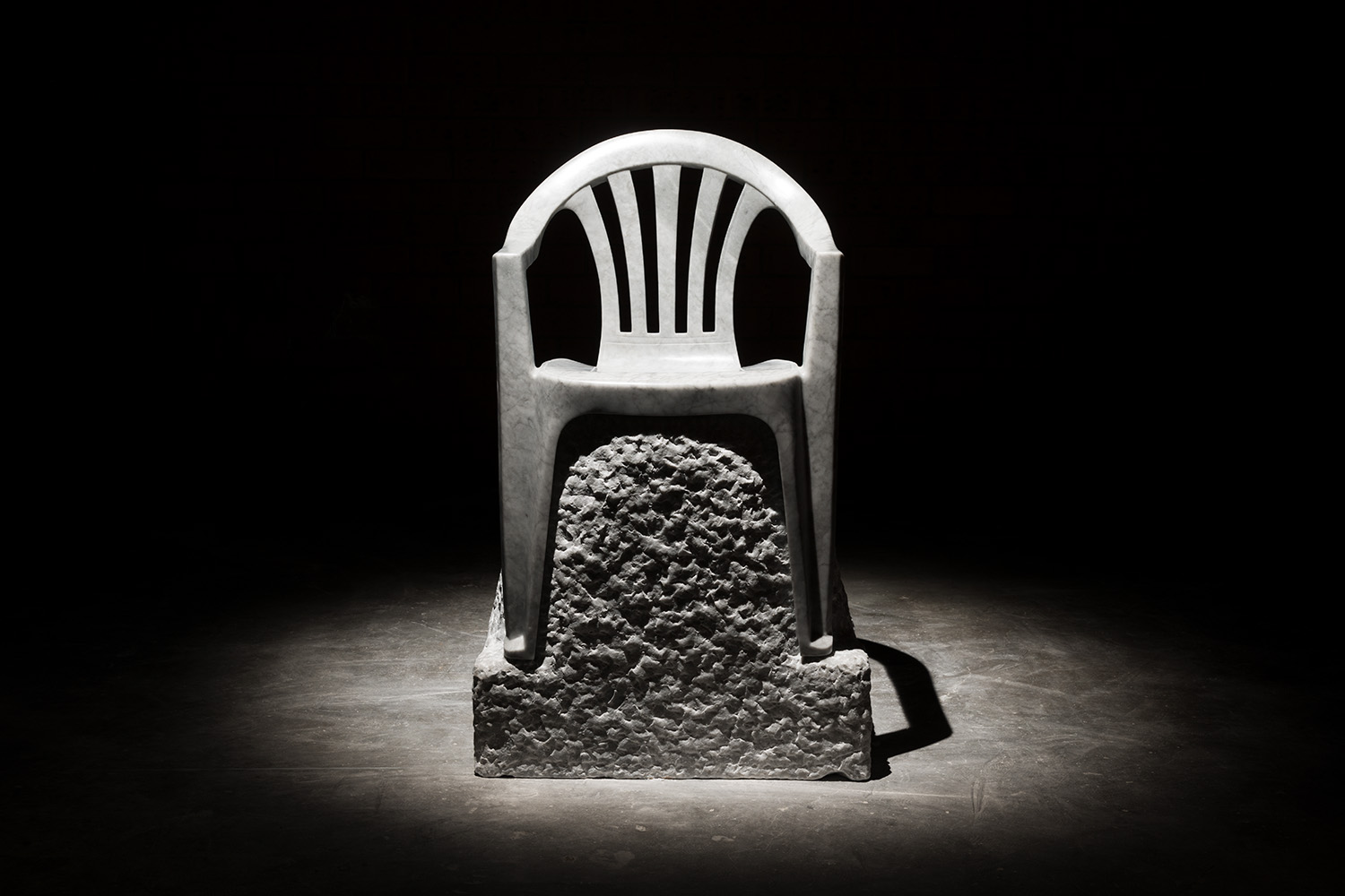 The Monobloc Throne